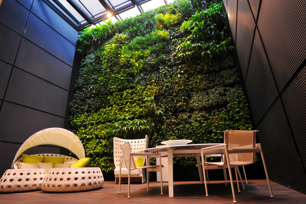 Elmich Green Wall project-BnB Italia01