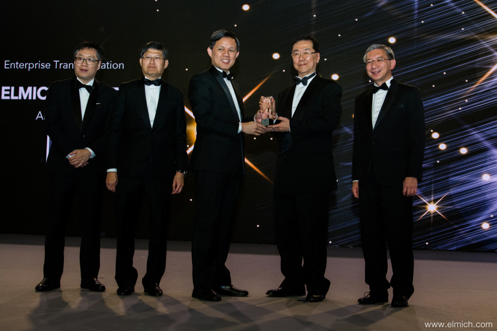 Elmich Pte Ltd Executive Chairman, Mr Alan Lee receiving the E50 Award from Minister of Trade and Industry, Mr Chan Chun Sing.