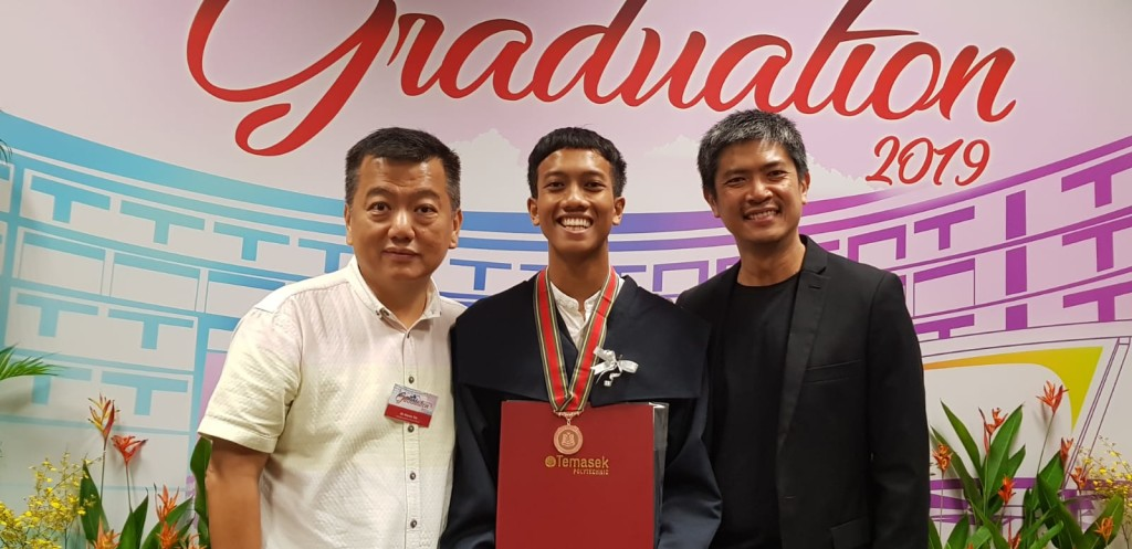 From left: Mr Martin Toh, Managing Director, Elmich Mr Muhammad Farhan, Student, TP Mr Ronnie Tan, President, SILA