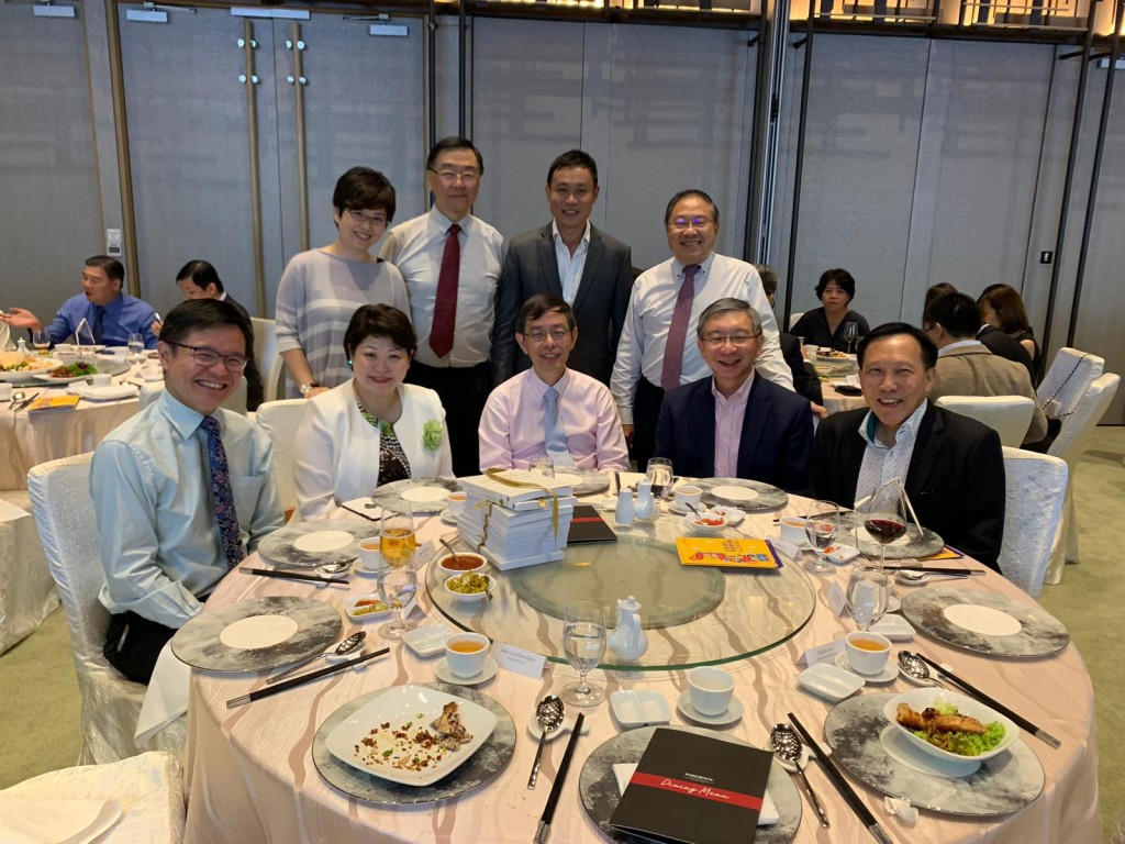 E50 Association's AGM & Dinner 2019 was held on Jul 26 at PARKROYAL on Pickering Hotel. Front row (from left): Skillsfuture Singapore CEO Ng Cher Pong, Greenpac (S) Pte Ltd CEO Susan Chong, Enterprise Singapore Chairman Peter Ong, OCBC Head of Global Commercial Banking Linus Goh, Tembusu Partners Pte Ltd Chairman Andy Lim Back row (from left): Armstrong Industrial Corporation Group Deputy CEO Phyllis Ong, Elmich Pte Ltd Executive Chairman Alan Lee, KPMG Head of Enterprise market Jonathan Ho and EDB Society President Lee Suan Hiang